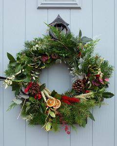 Festive Fresh Wreath Making Kit